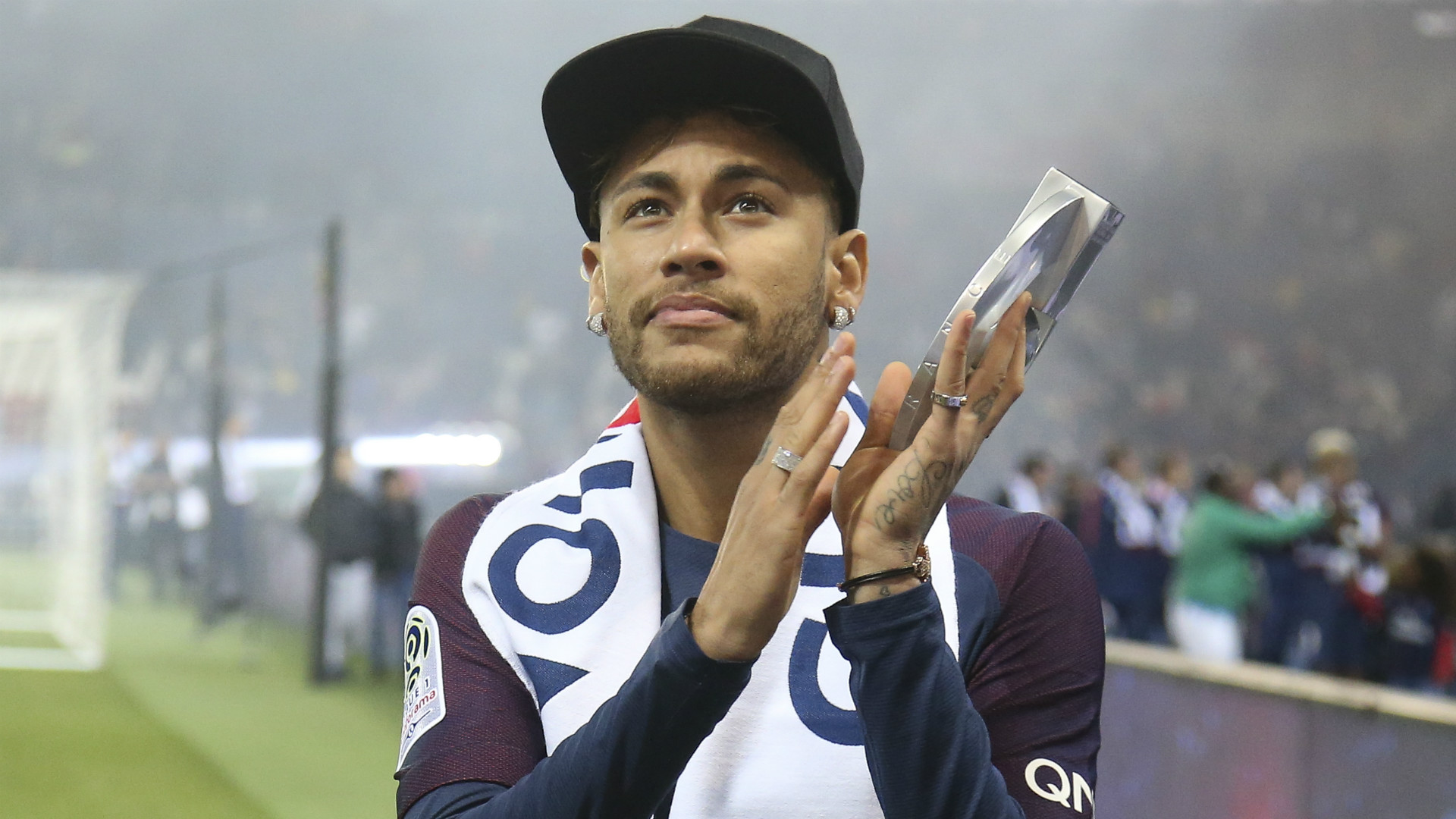 Neymar ends Real Madrid speculations, set to remain at PSG next season