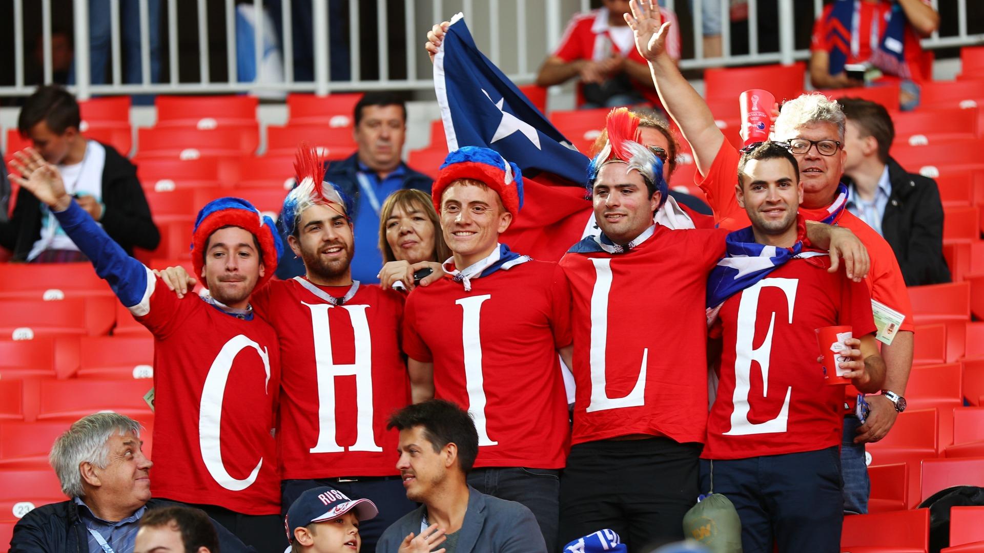 Confirman dos apuñalados en riña entre hinchas chilenos — Escándalo en Moscú