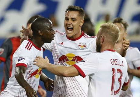 Red Bulls show signs of life