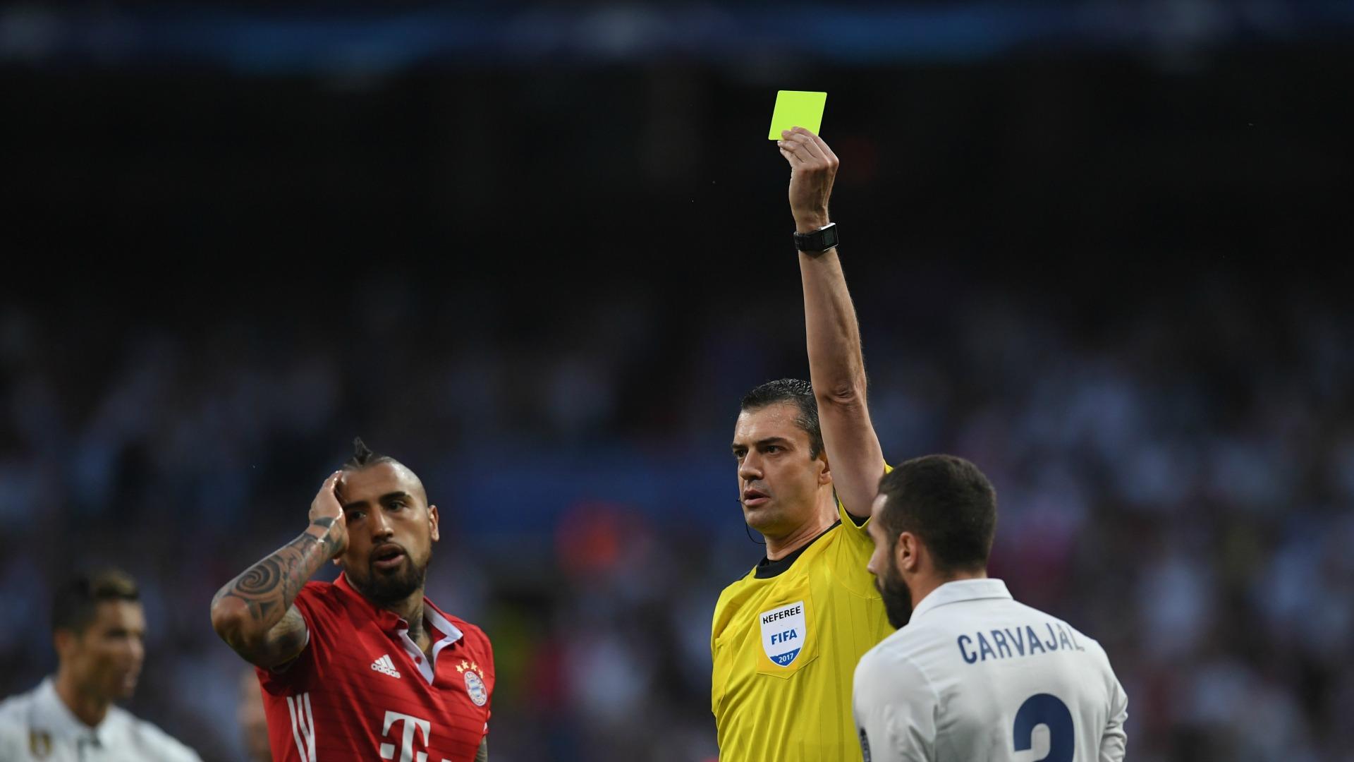 Arturo Vidal suspendido para las semifinales de la Champions