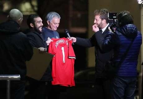 Novinari nasamarili Mourinha; nije niti slutio čiji dres potpisuje!