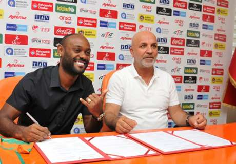 V. Love renova até 2020 com clube turco