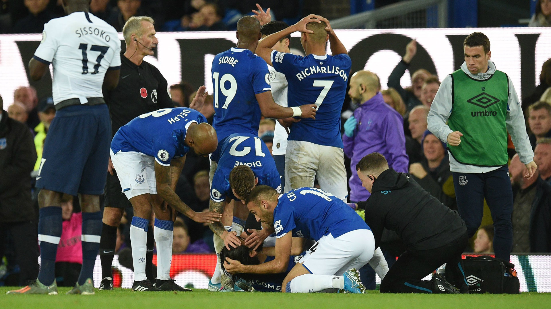 Andre Gomes injury: When will Everton star recover from horrific leg break?