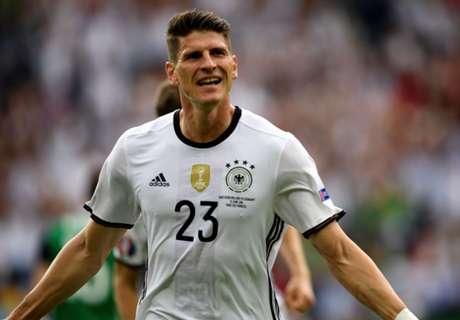 OFFICIAL: Wolfsburg sign Gomez