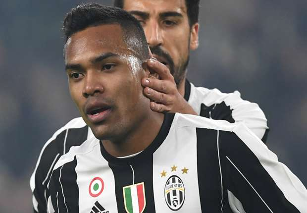 Alex Sandro closing on record £60 million transfer to Chelsea from Juventus