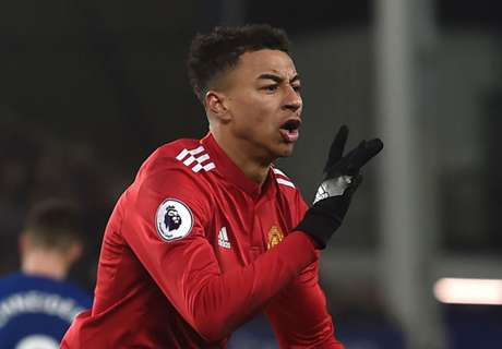 Lingard drags United back on track