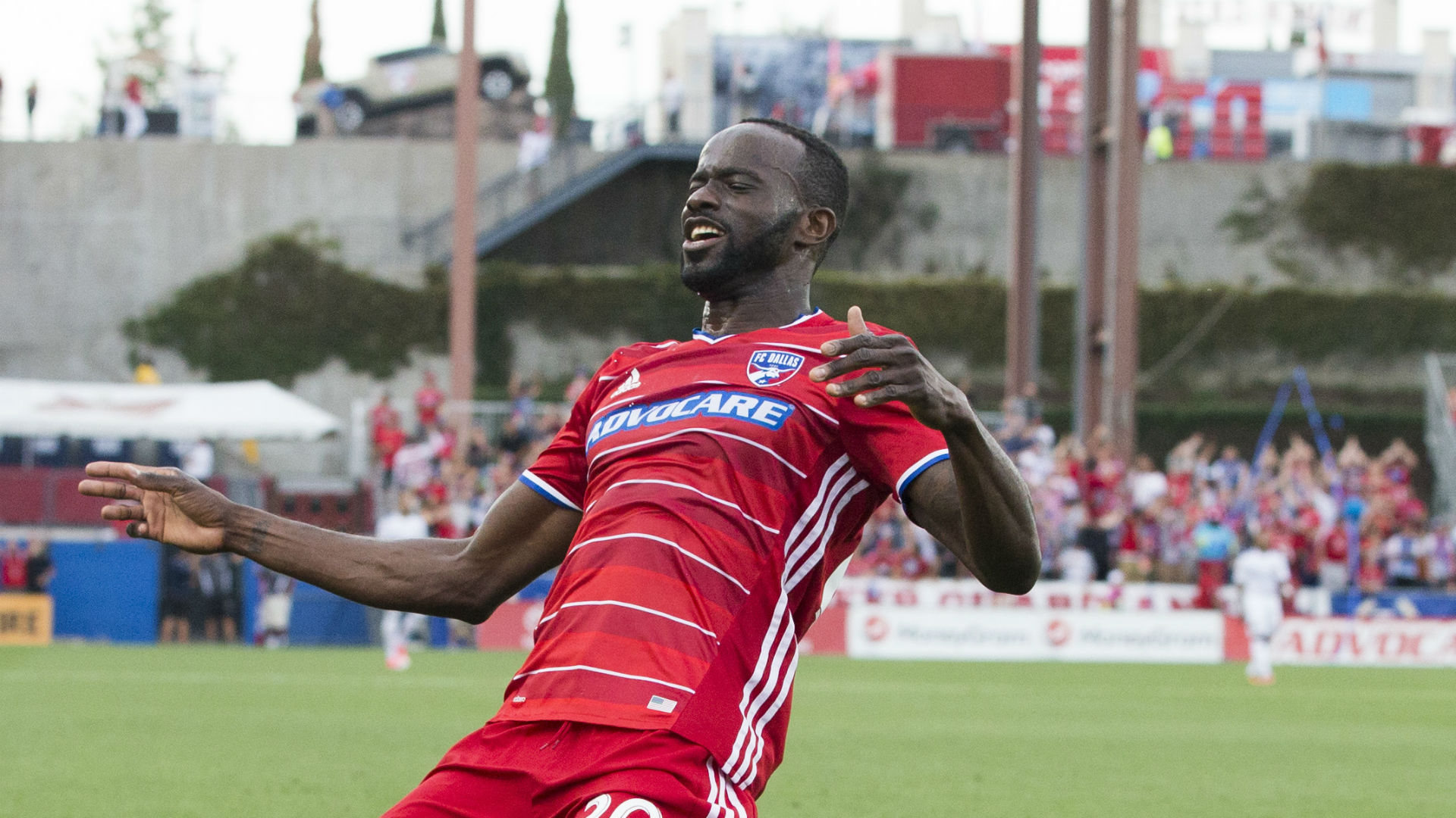 Roland Lamah FC Dallas MLS 060317