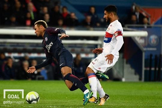 Neymar désigne Nabil Fekir comme meilleur joueur de Ligue 1 qu'il a affronté