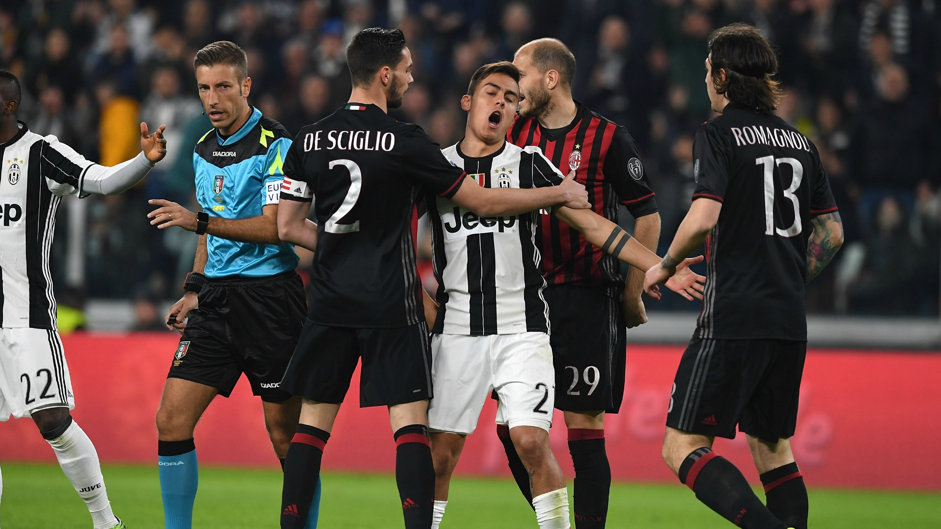 Mattia De Sciglio Paulo Dybala Alessio Romagnoli Juventus Milan Serie A