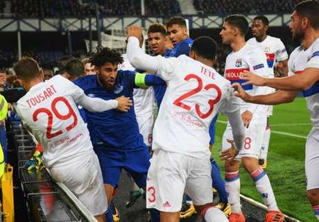 Rissa in Everton-OL, tifoso colpisce Lopes
