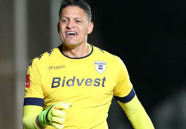 Josephs slams 'uncommitted' Orlando Pirates players and labels them 'Instagram stars'