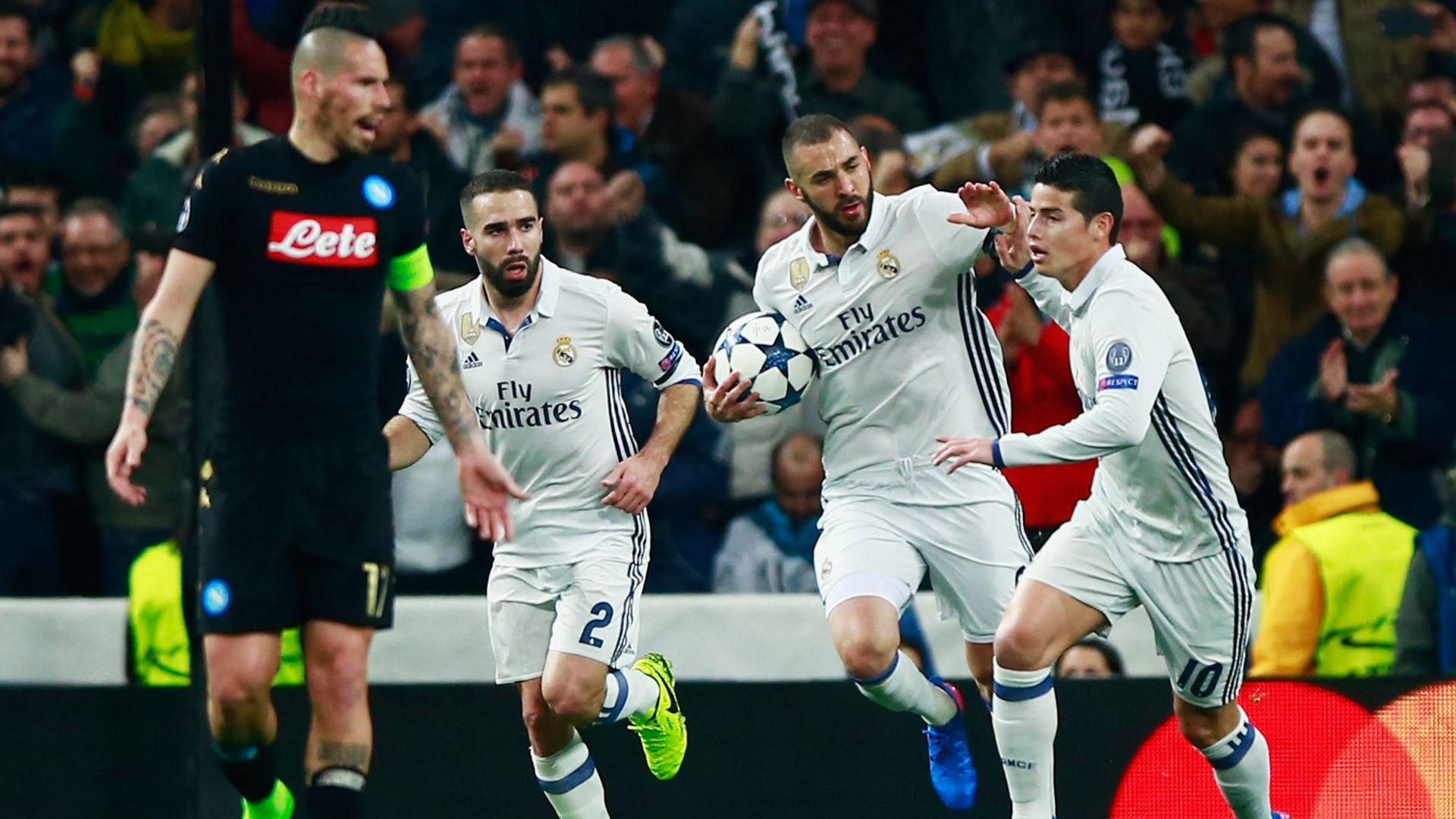 Real Madrid celebrating vs Napoli