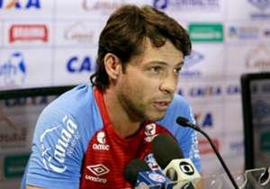 BAHIA | Preto Casagrande foi demitido | Carpegiani é o técnico atualmente