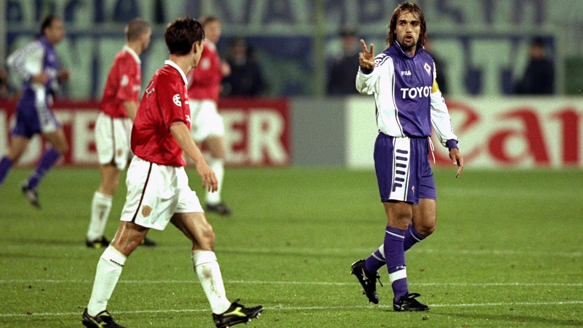 Gabriel Batistuta Gary Neville Fiorentina Manchester United