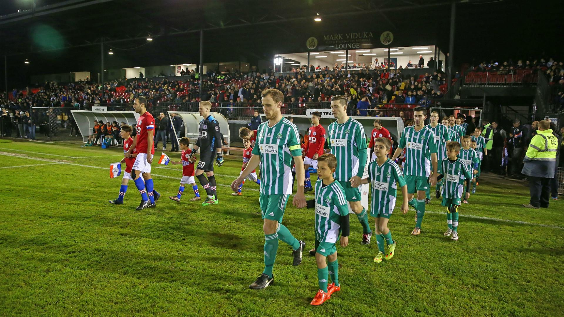 Melbourne Knights v Green Gully FFA Cup 30082016