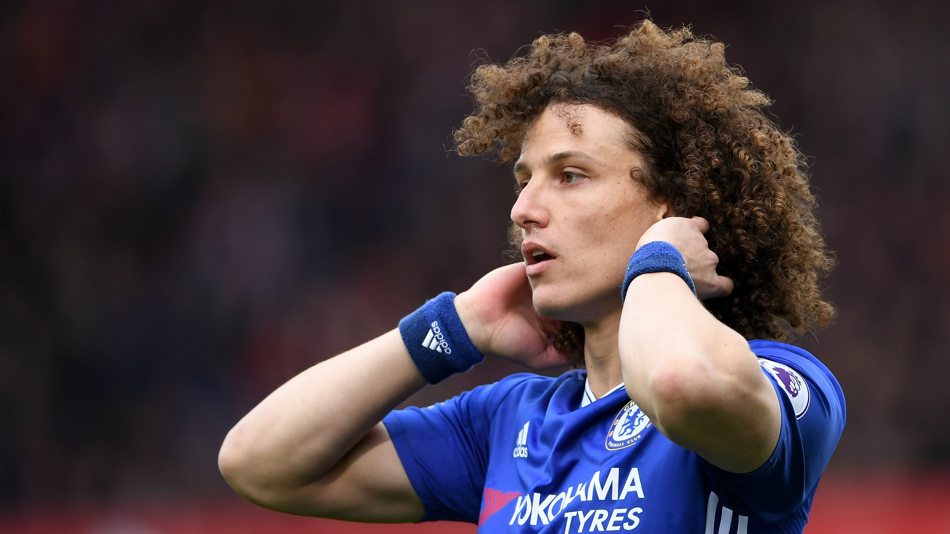 David Luiz took a risk and a pay cut to return to Chelsea