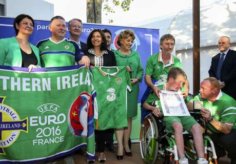 Irish fans presented with award