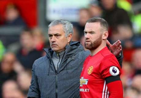 Mourinho Ingin Rooney Bertahan
