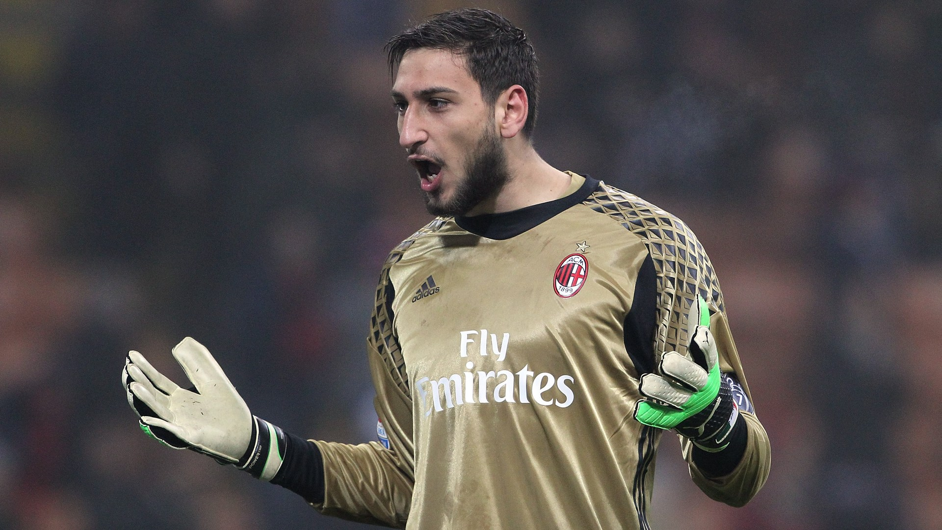 Fans throw fake money at Donnarumma after he refuses contract extension
