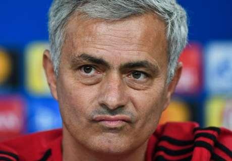 Mourinho spreekt geruchten over PSG tegen