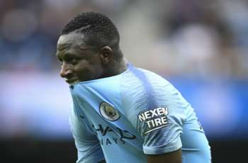 Guardiola coy over Mendy's metatarsal injury