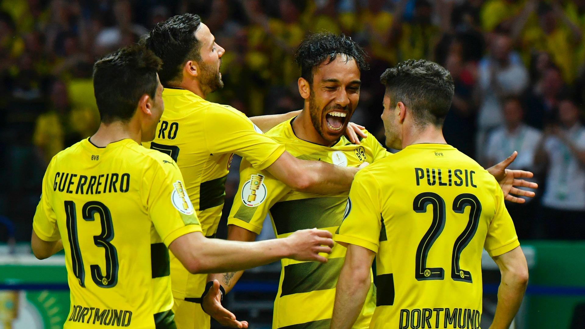 Borussia Dortmund celebrating Eintracht Borussia Dortmund