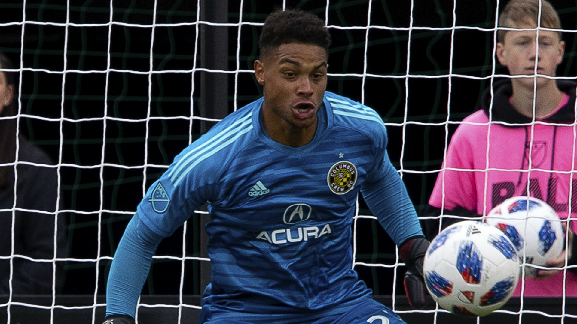 Manchester City closing in on £7m deal for US goalkeeper Zack Steffen