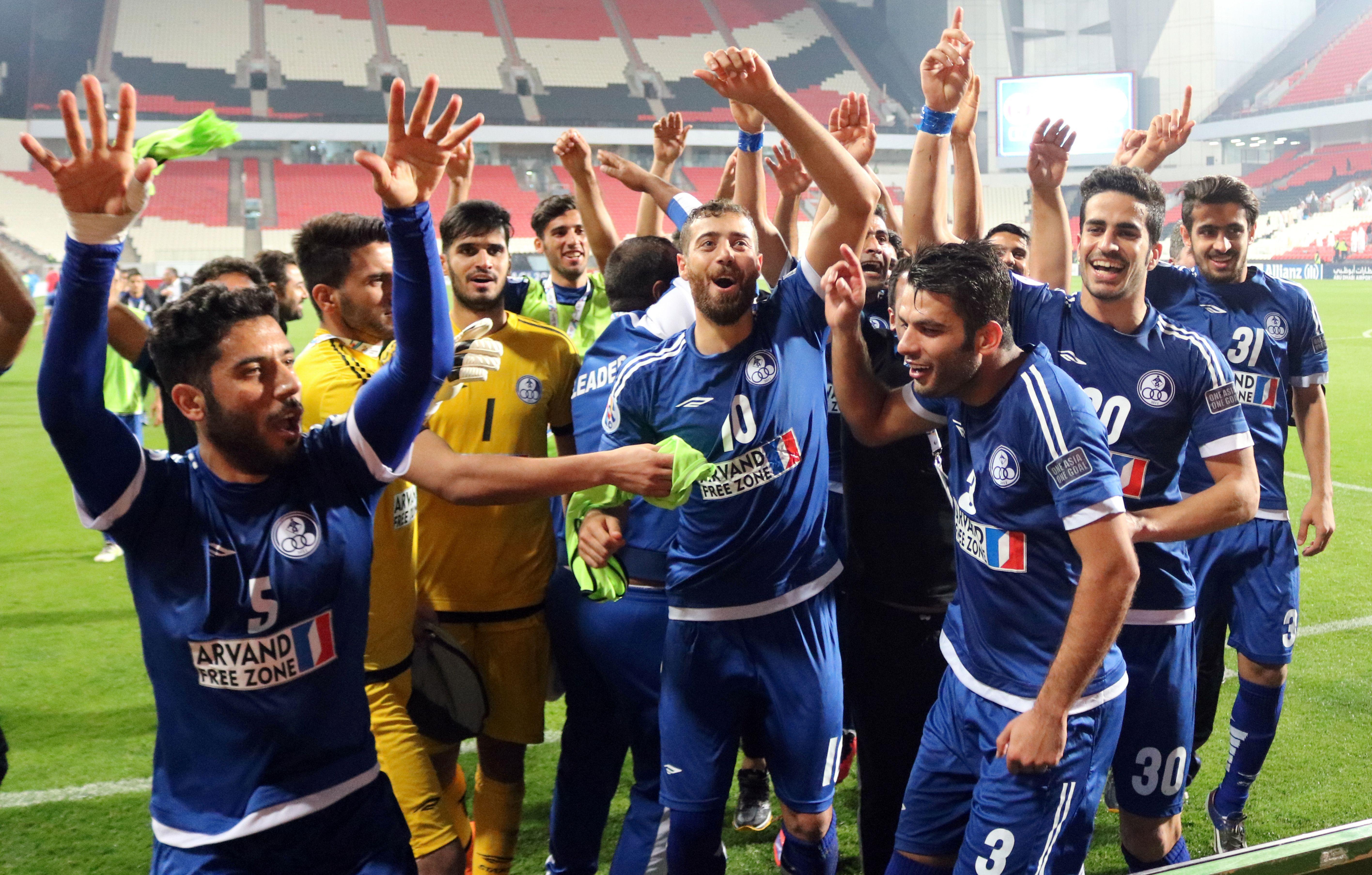 Esteghlal Khouzestan players celebrating