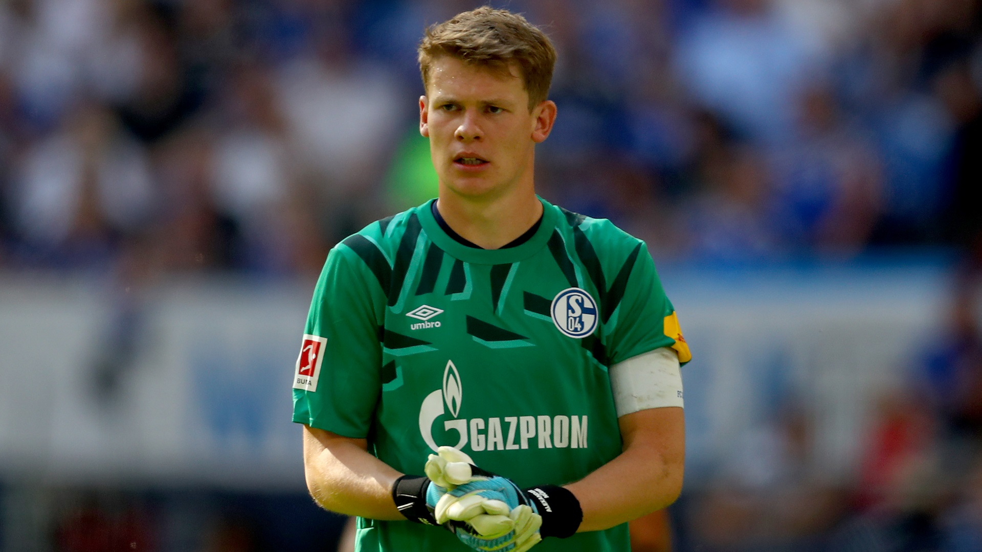 No reason for Germany to drop Bayern's Neuer for Barca's Ter Stegen - Kahn