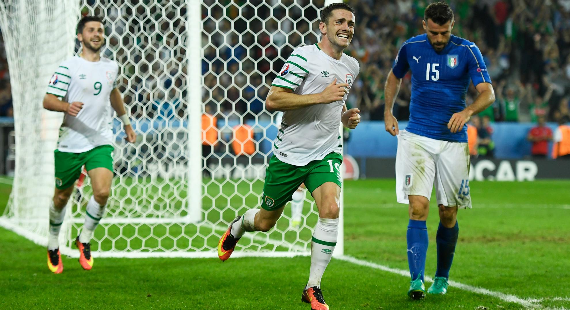 Francia-Irlanda 2-1: decide la doppietta di Griezmann