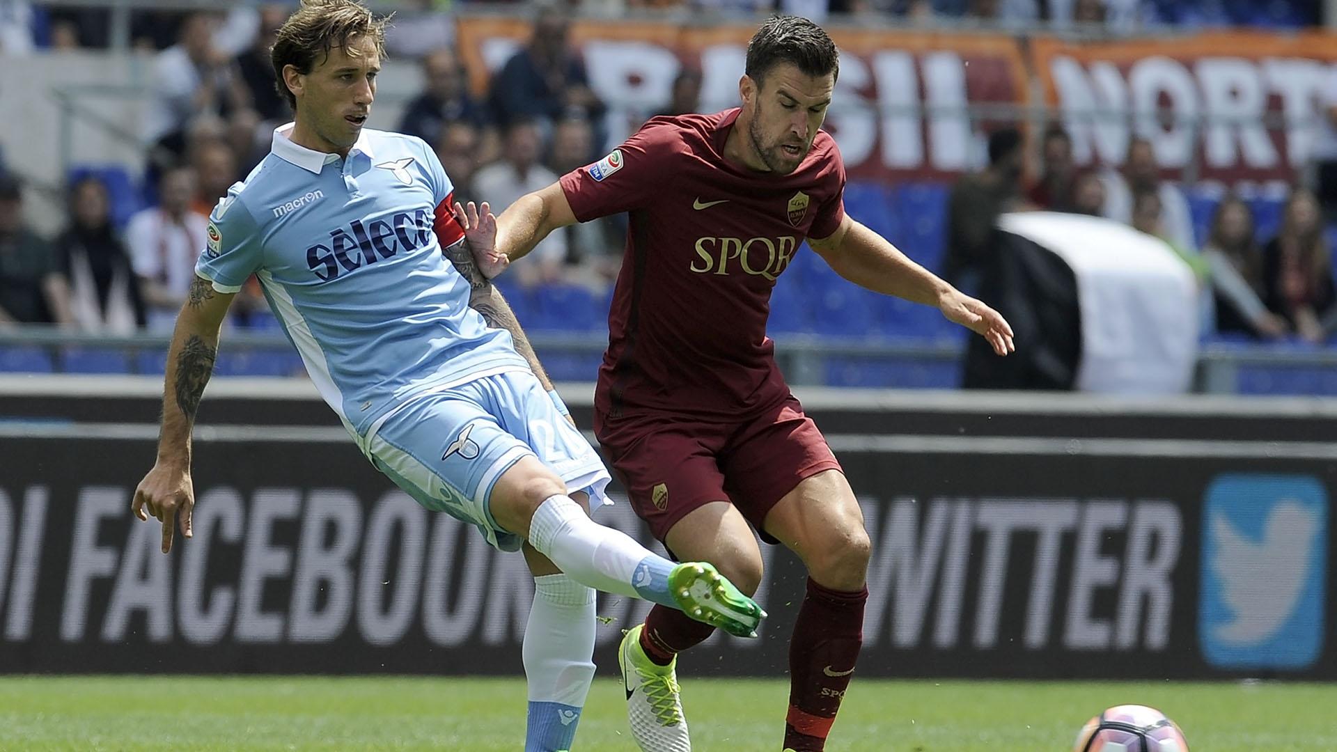 Biglia, scambiato maglia con icona Totti