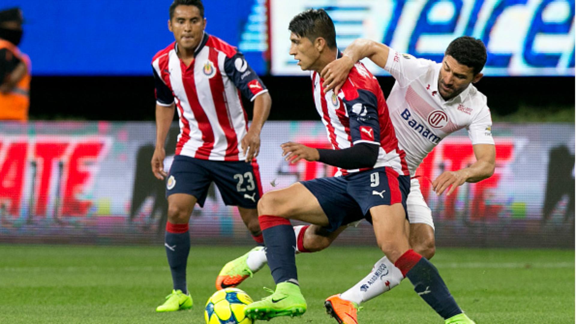 Xolos no puede abrir a Tigres tras primer tiempo