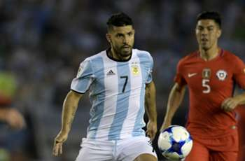 Messi comes to rescue of apathetic Aguero as Argentina labour to win
