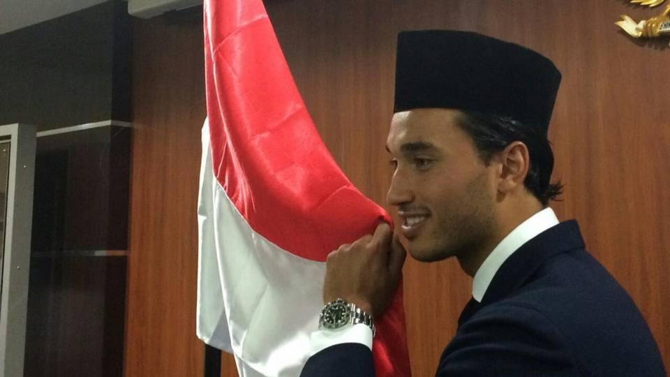 Ezra Walian Warga Negara Indonesia WNI
