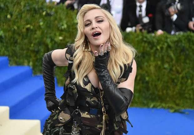 Madonna želi podrška sinu