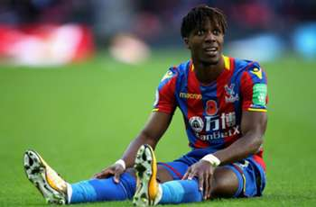 Crystal Palace's Roy Hodgson gives update on Wilfried Zaha's injury