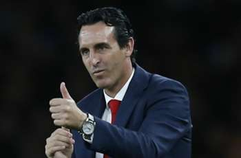 Video: Arsenal's Emery wants to choose from 20 players, not 11