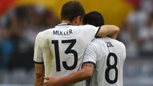 Thomas Müller Mesut Özil Germany Deutschland DFB 04062016