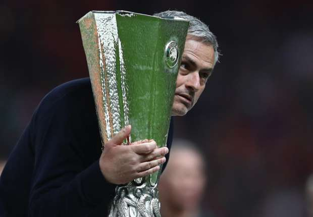 Jose Mourinho: Saya Selalu Pilih Tim Bermasalah