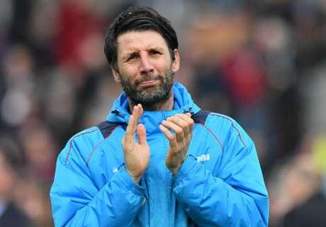 Manajer Lincoln Doakan Sutton Kalahkan Arsenal