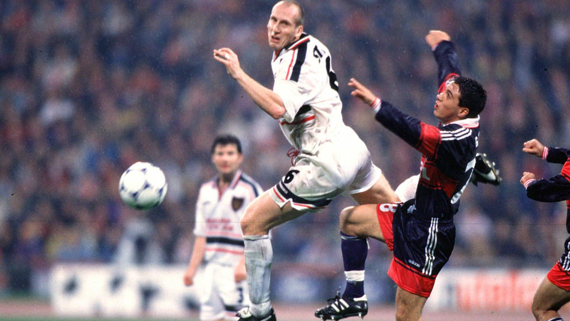 ONLY GERMANY Berkant Göktan Jaap Stam 1998