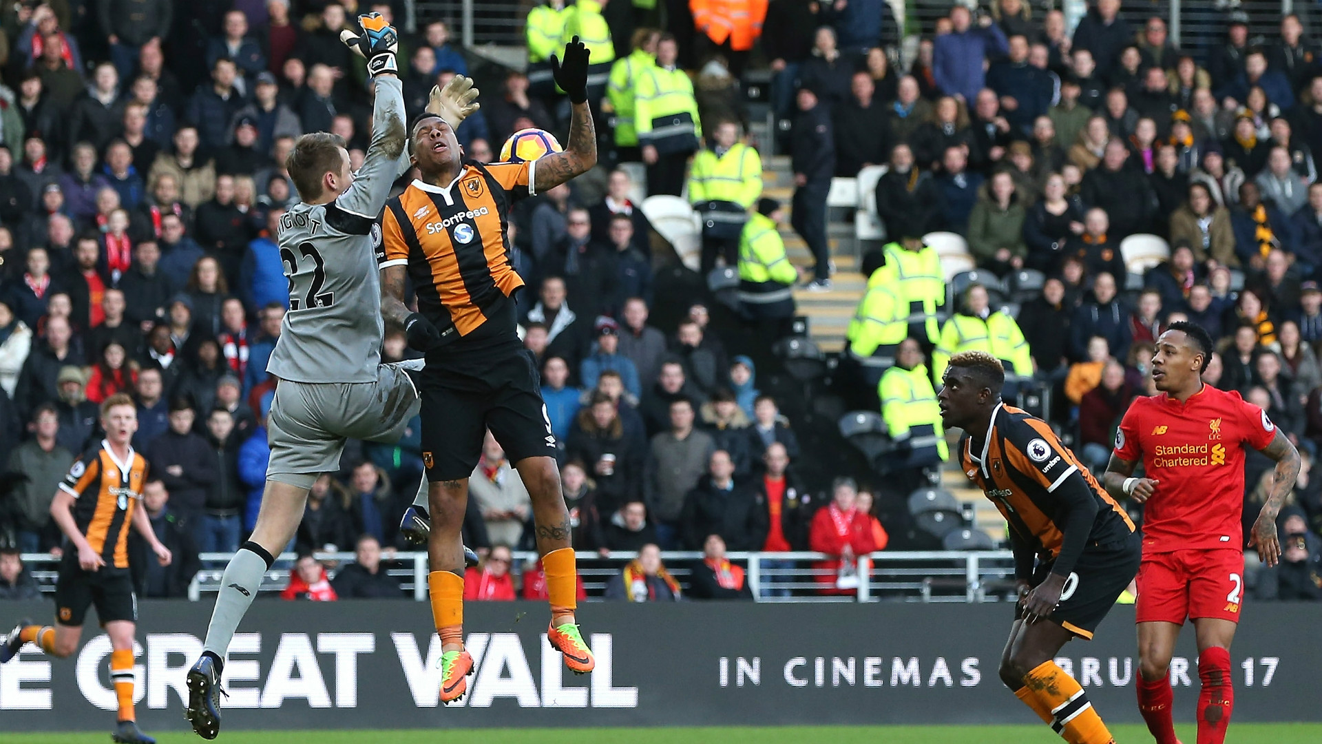 HD Simon Mignolet v Hull