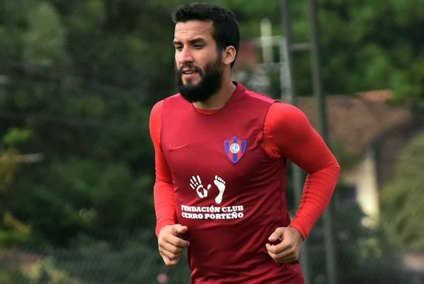 Exdefensa de Universidad de Chile da positivo en control antidoping