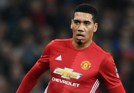 Liverpool fans bite back at Smalling