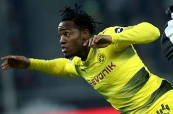 Batshuayi had 'a lot of possibilities' before leaving Chelsea for Dortmund