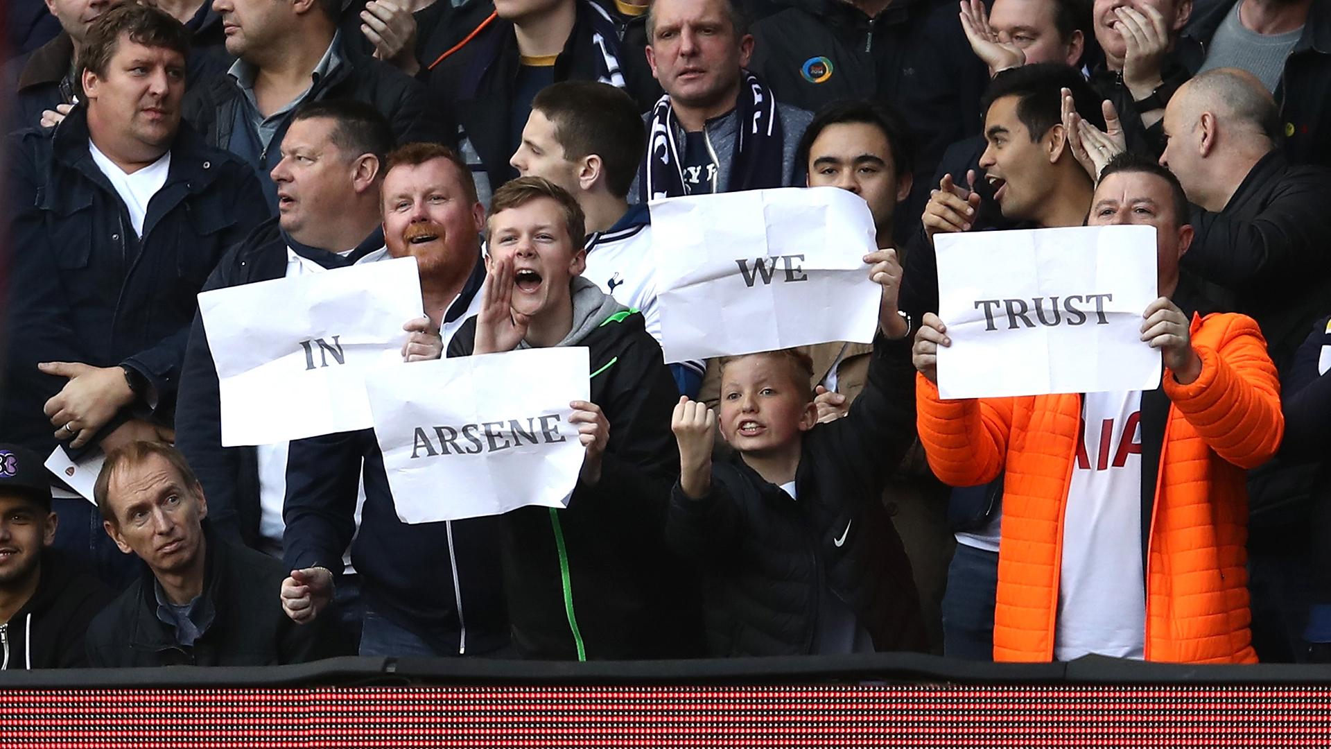 Tottenham fans Arsene Wenger Arsenal