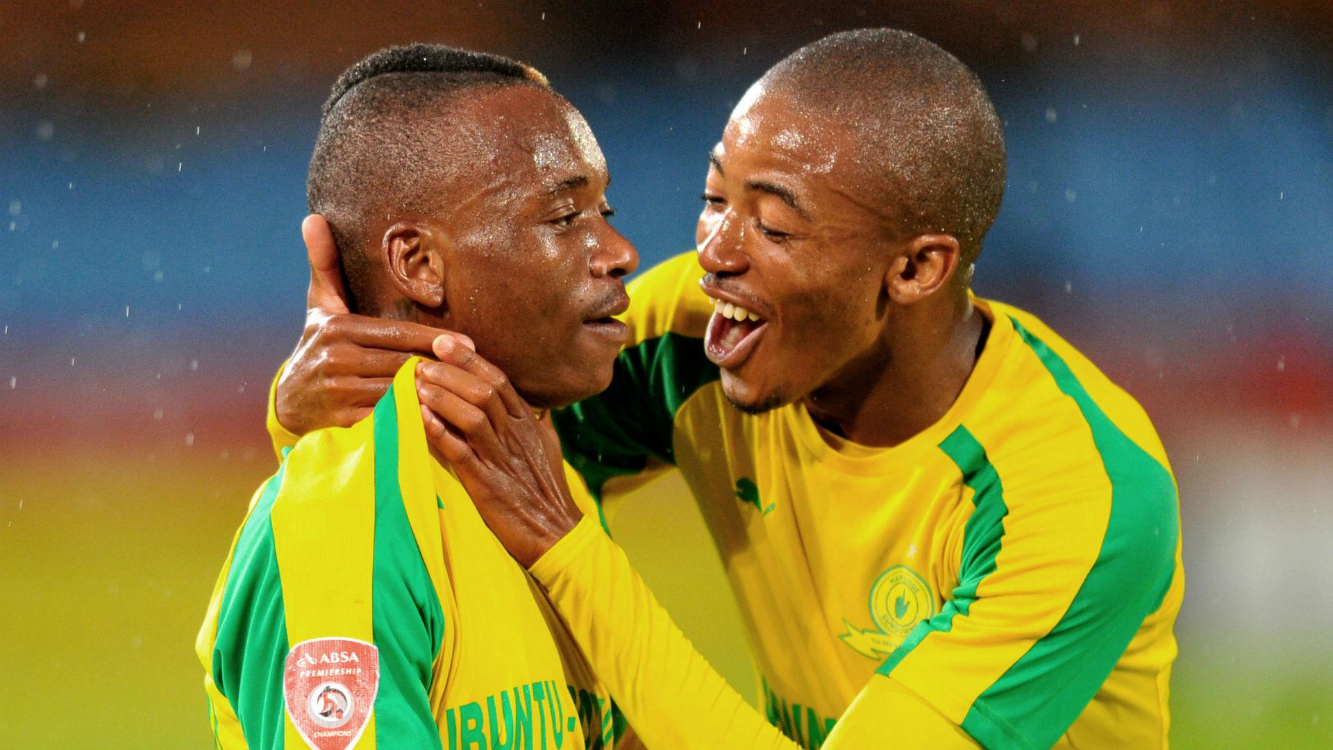 Khama Billiat and Thapelo Morena - Mamelodi Sundowns v SuperSport United