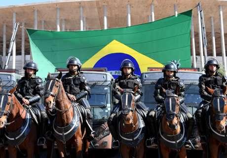 Fan killed in Brazilian clashes