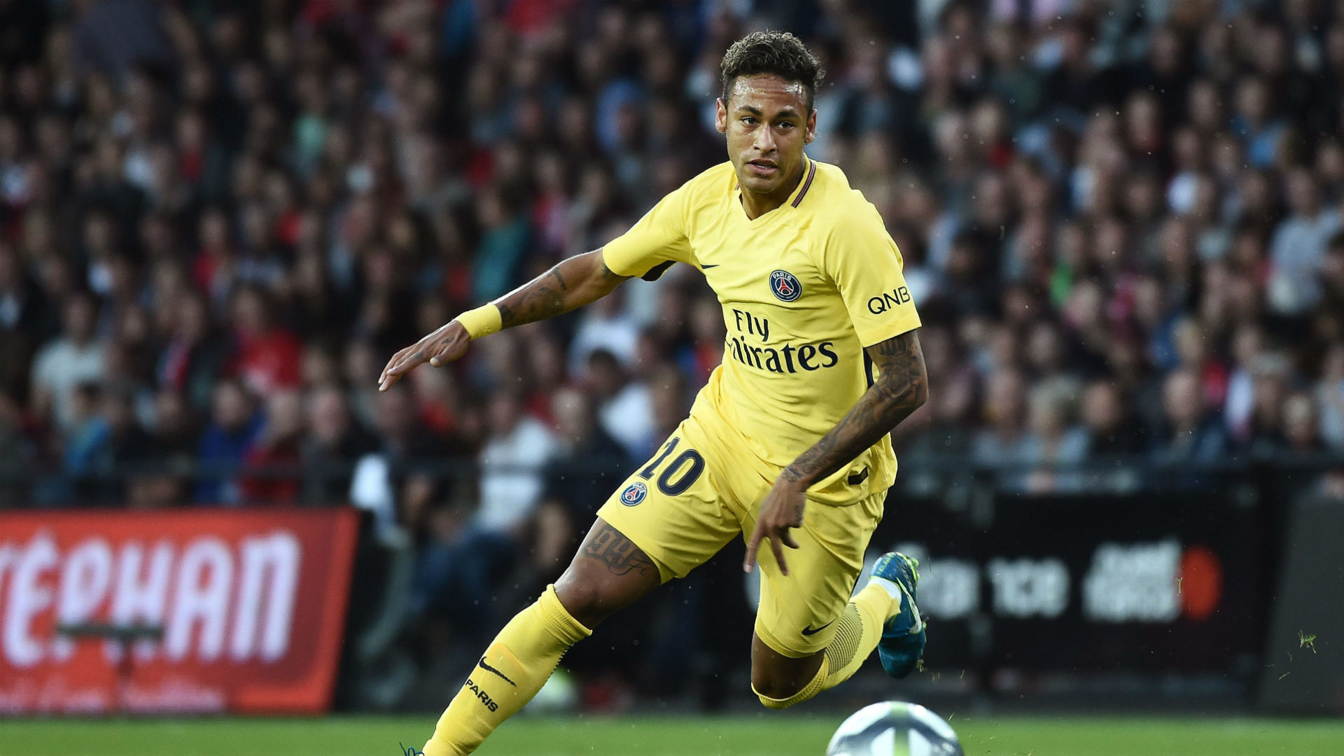 Neymar scores on his debut as PSG defeat Guingamp 3-0