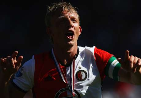 OFFICIAL: Kuyt retires after title heroics